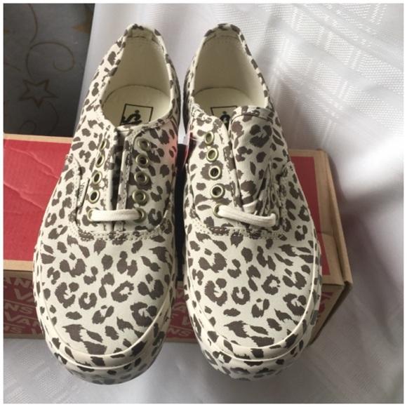 4c019f0958 vans authentic mono print leopard